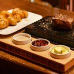 Steak na lávovom kameni